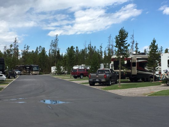 Yellowstone Grizzly RV Park: photo0.jpg