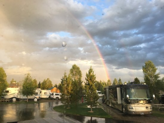 Yellowstone Grizzly RV Park: photo6.jpg