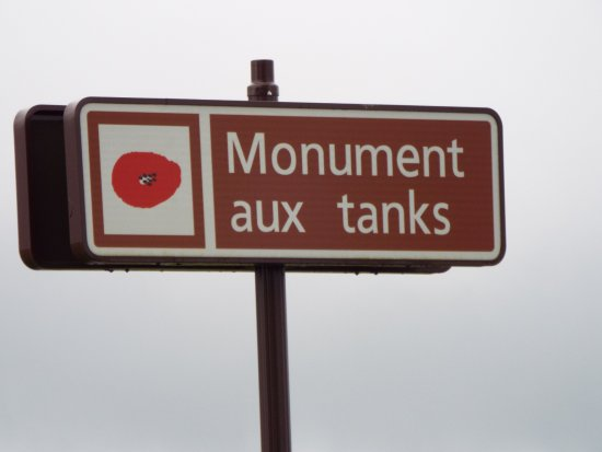 Pozieres, Francia: The Road Sign