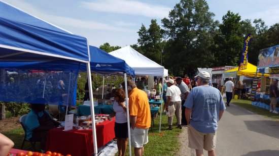 Lexington, Kuzey Carolina: Blackberry Market