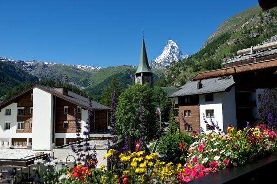 silvester in zermatt matterhorn lodge zermatt. Black Bedroom Furniture Sets. Home Design Ideas
