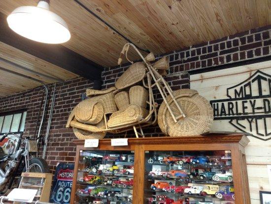 Seaba Station Motorcycle Museum : Wicker