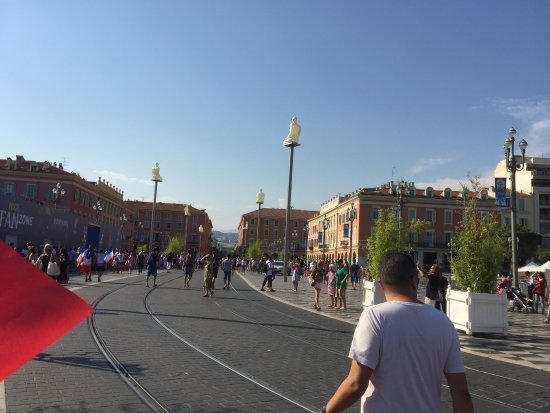 Nice place mass na 10 juillet 2016 picture of place massena nice tripadvisor - Place massena nice ...