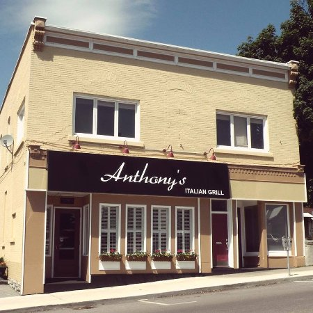 Anthony's Italian Grill