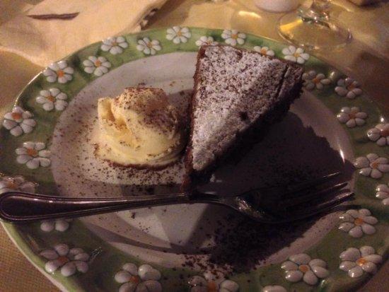 Schiazzano, Włochy: Un dessert fait maison.
