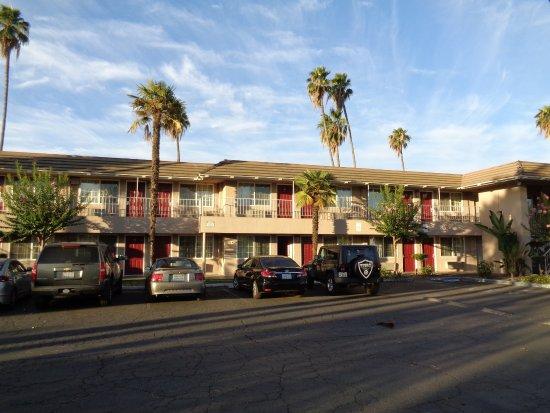Days Inn Fresno Central Picture
