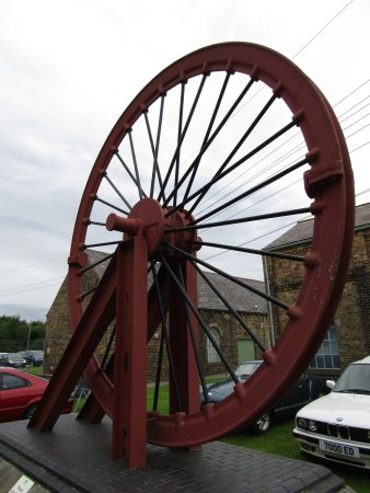 Ashington, UK: Museum exhibit in the grounds