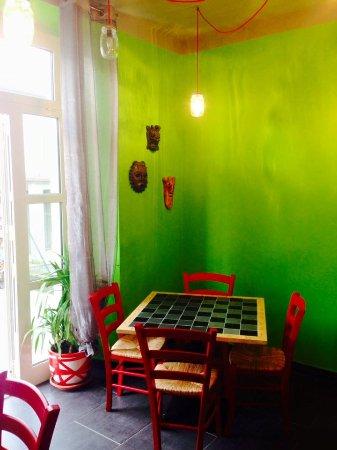Villafranca in Lunigiana, Italia: la nostra saletta con tavolo da gioco