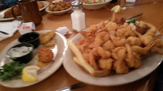 Macclenny, FL: Fried Shrimp Dinner - Plenty But Just Okay.