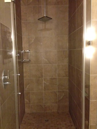 Bon Sterling Inn U0026 Spa: Extra Large Shower With Wall Jets And Rain Shower Head