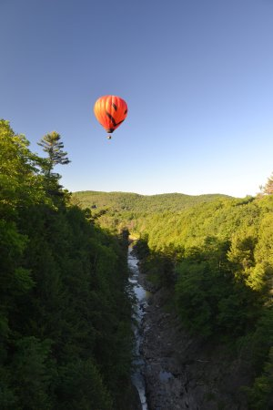 "Quechee, VT: ""Jackie"" flying above the gorge"