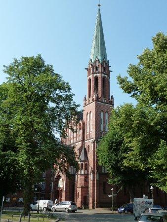 Herz-Jesu-Kirche Berlin-Tegel