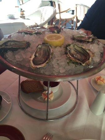 Brasserie Lorraine : 食物質素好好, 服務亦可! 唯獨上菜較慢, 可能因為是歐洲冠軍杯的原故吧!