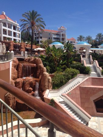Hilton Vilamoura As Cascatas Golf Resort & Spa: photo0.jpg