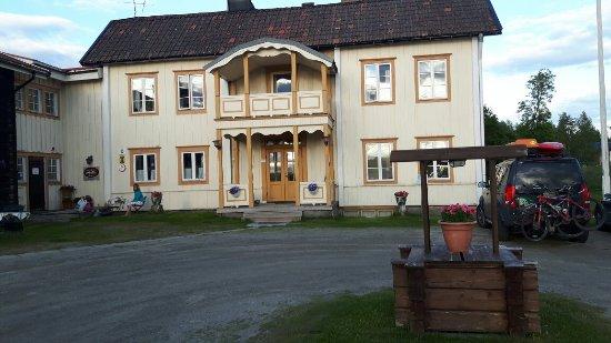 Vemdalen, Sverige: Sjarmerende og velholdt vandrerhjem.  Fine rom og veldig rent og pent. selvhushold.kjøkken.