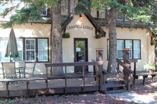 Crandell Mountain Lodge June 2016