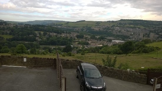 Sowerby Bridge, UK: View From One Of The Rooms