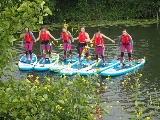 Saltford, UK: Group photo and we all jumped off after!
