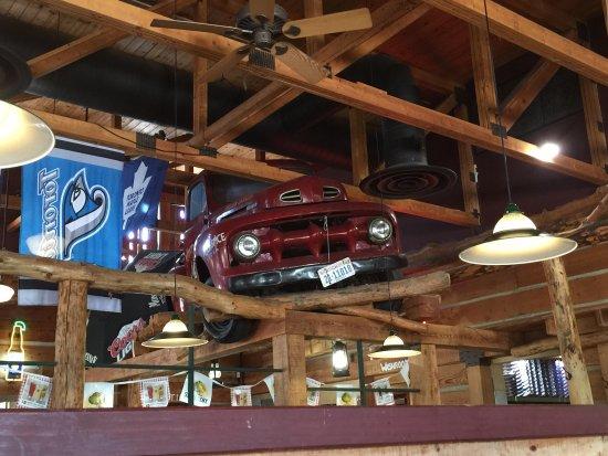 Montana's BBQ & Bar: photo0.jpg