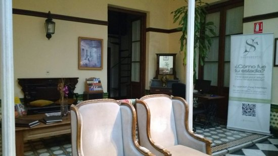 Hotel Posada del Virrey: IMG_20160627_085525661_large.jpg