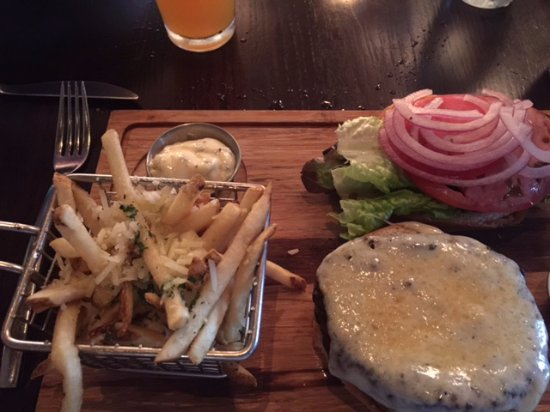 Woodbury, CT: Burger with fries
