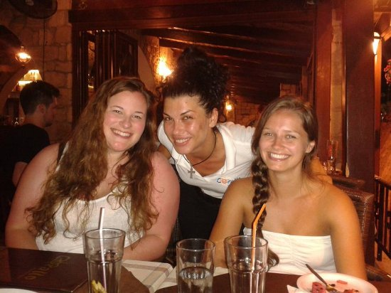 Corallo Restaurant : Our fabulous waitress !