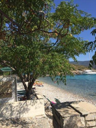 Klima Paradise Beachfront Studios & Apartments: photo0.jpg
