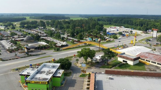 Dillon, SC: View of hotel and