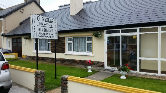This is a great b+b in Ballyheigue.Co.Kerry..So nice and friendly..very kind family...great food