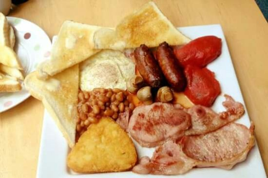 Allensford, UK: Breakfast served from 11-5 £4.50 including tea or coffee