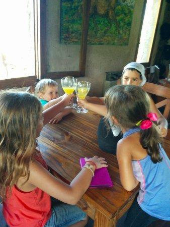 Estancia La Alejandra: Cheers with Fresh OJ