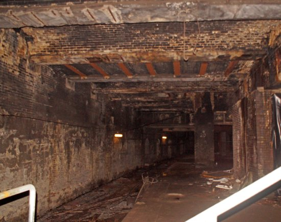 in the old victorian platform picture of glasgow central tours