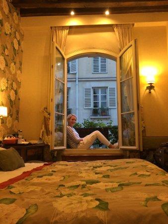 Left Bank Saint Germain: photo1.jpg