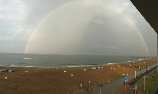 Capes Hotel: Rainbow over Va Beach from Balcony 603