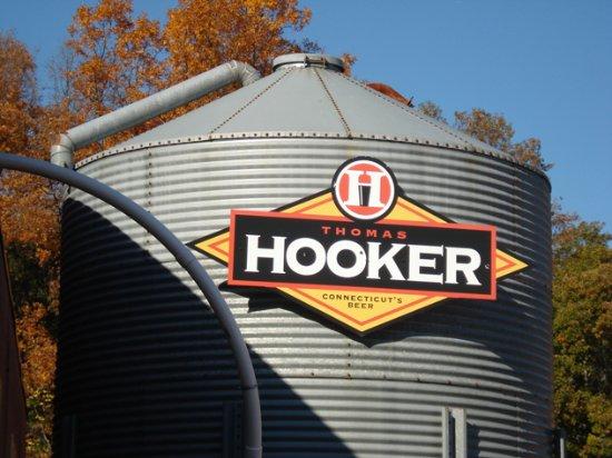 Bloomfield, CT: grain silo