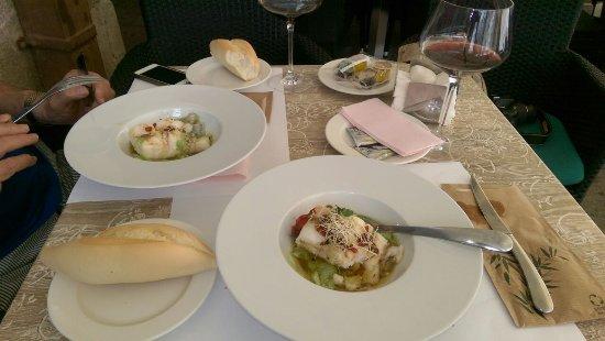 El Requeté: Bacalao na salsa verde
