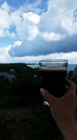 Shannas Cove Resort : Cold Guinness for lunch!
