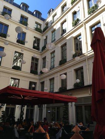 Buddha-Bar Hotel Paris: photo0.jpg