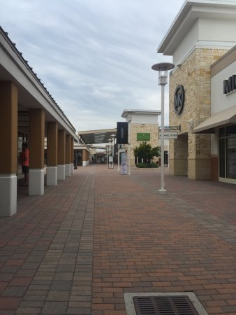 Grand Prairie Premium Outlets: photo4.jpg