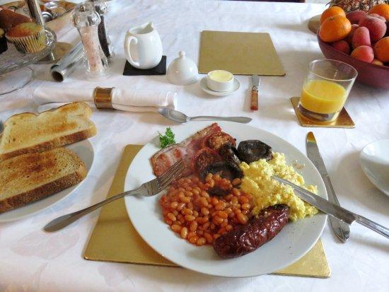 Redbrook, UK: A fabulous breakfast at the Inglewood House B&B (04/Jul/16).
