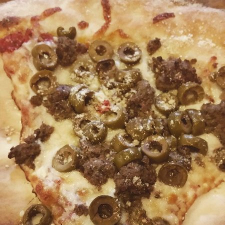 Hoschton, GA: A slice with meatballs, black olives and green olives