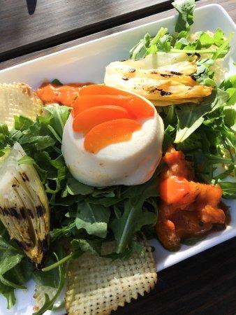 Boxcar Restaurant and Bar: Burrata salad
