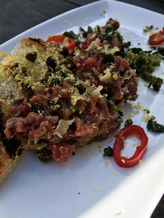 Boxcar Restaurant and Bar: Beef tartare