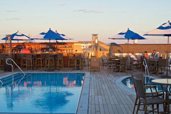 Beauport Hotel Gloucester Rooftop Pool And Bar