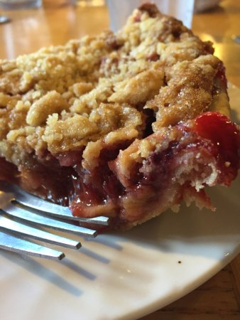 Dayville, Όρεγκον: Strawberry rhubarb pie.