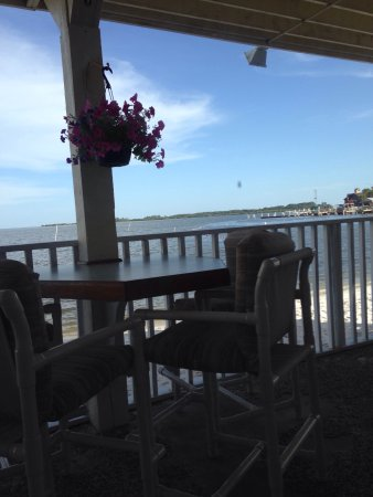 The Island Room Restaurant at Cedar Cove