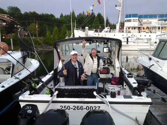 Pacific King Fishing Charters: Getting ready to go