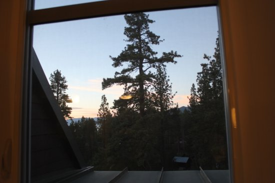 Lake Tahoe Vacation Resort: Our beautiful view