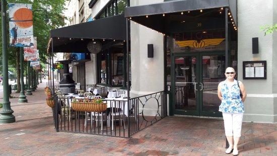 Flight Restaurant U0026 Wine Bar   Memphis: The Entry To Flights Restaurant  With Patio On