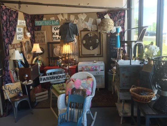 Hollister, Миссури: Olivia's Heartland - Vintage Gift Market